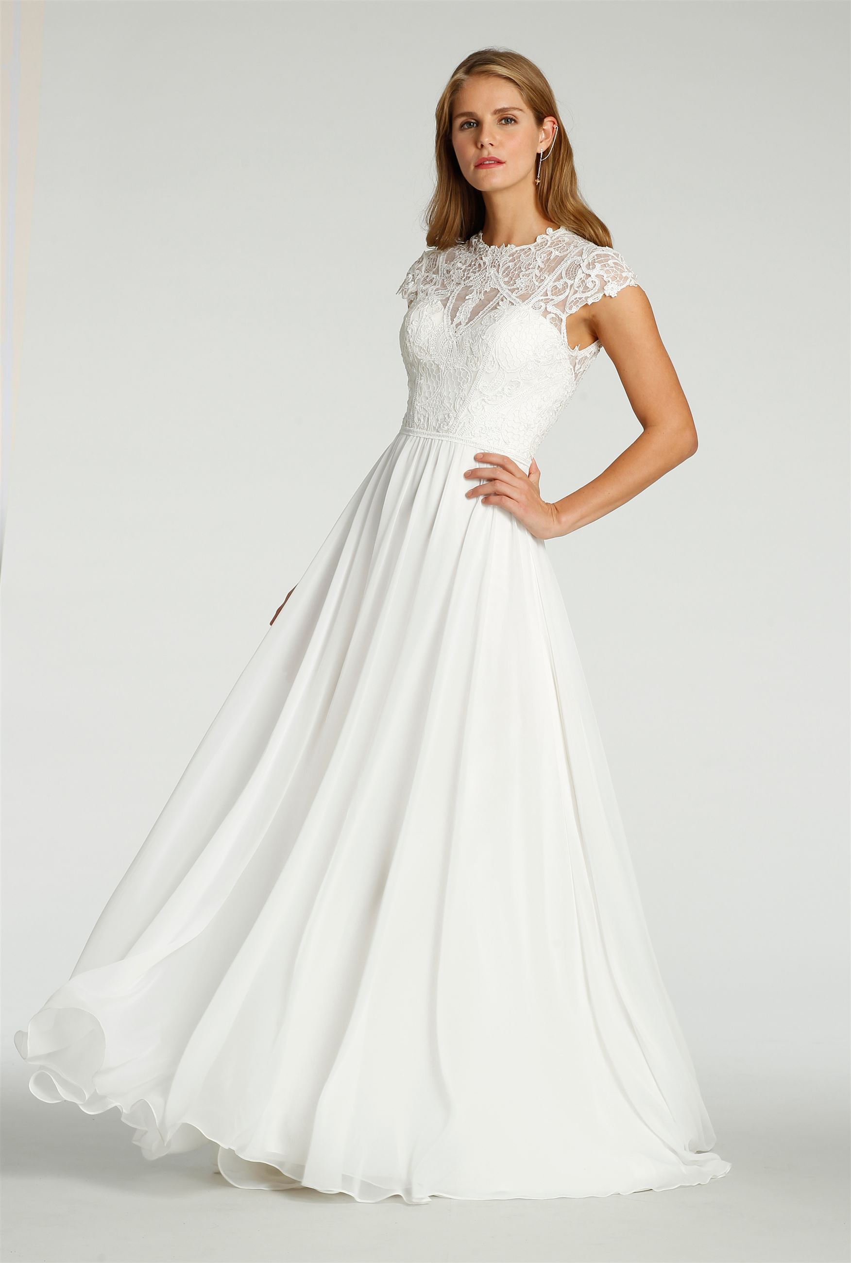 Vanna - Size 12 - Ivory - $1499 - Sample price $799