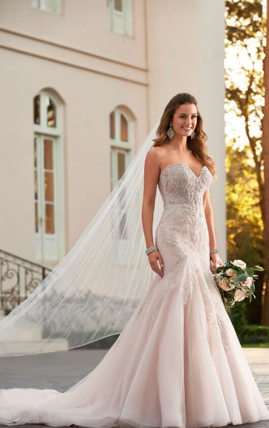 Greta - Size 14 - Ivory - $1799 - Sample Price $1299