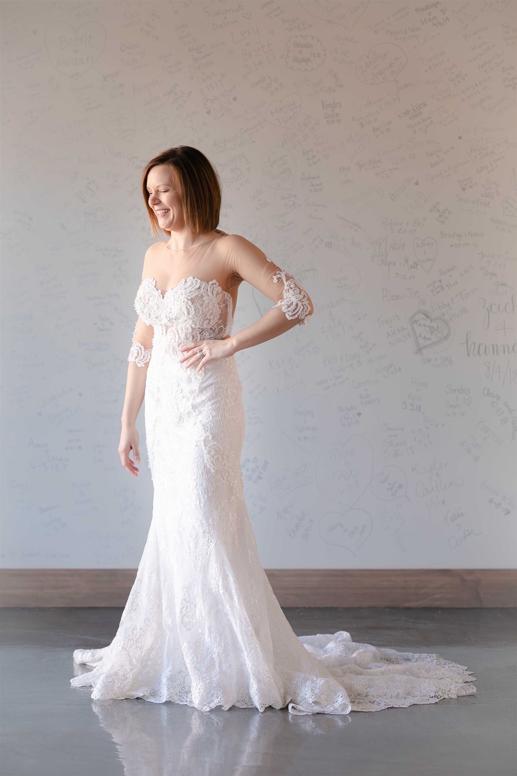 Brea - Size 10 - Ivory - $1499 - Sample price $749